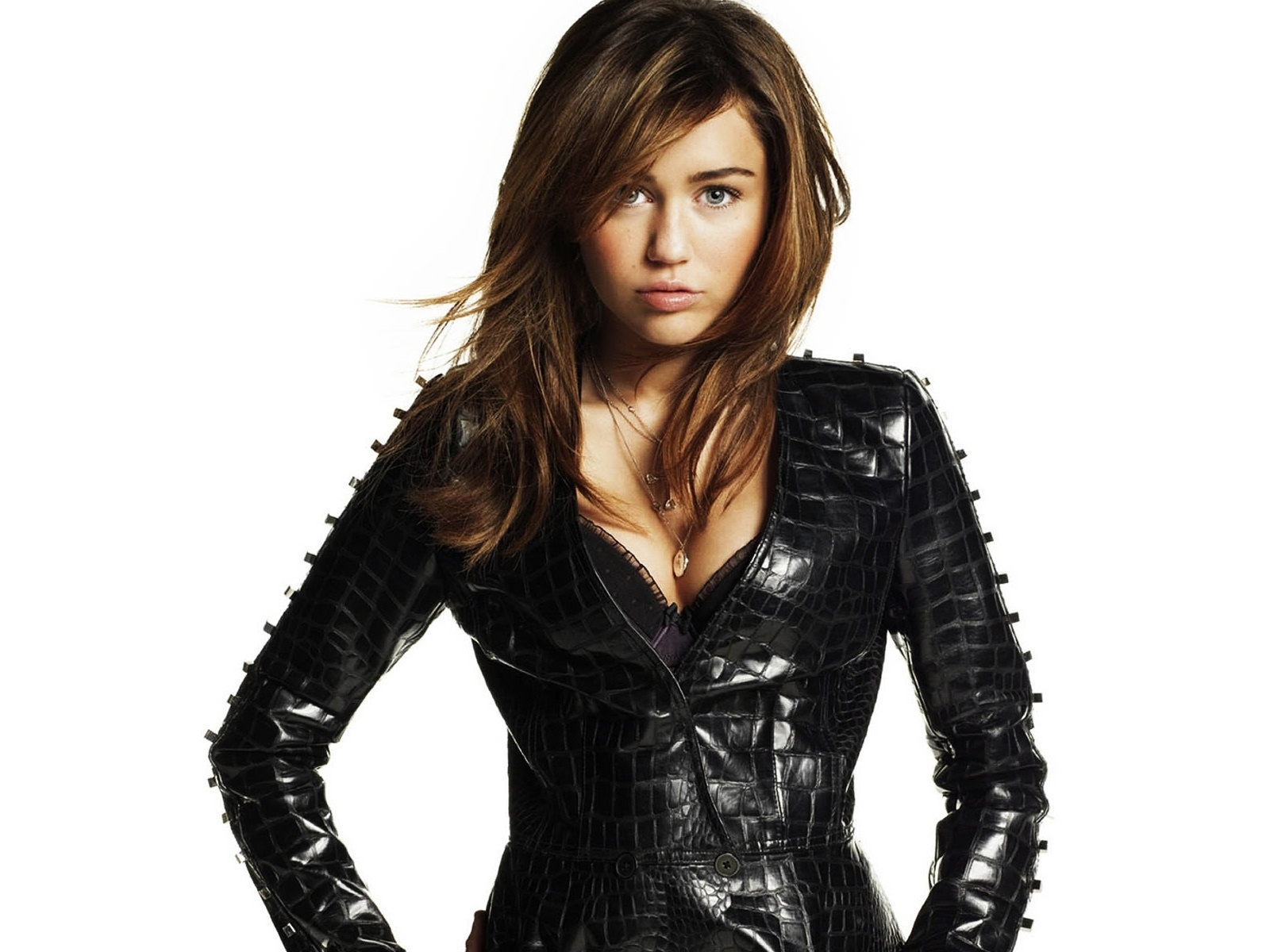 Miley Cyrus: Freaking Spot: Miley Cyrus Full HD 1080p Wallpapers