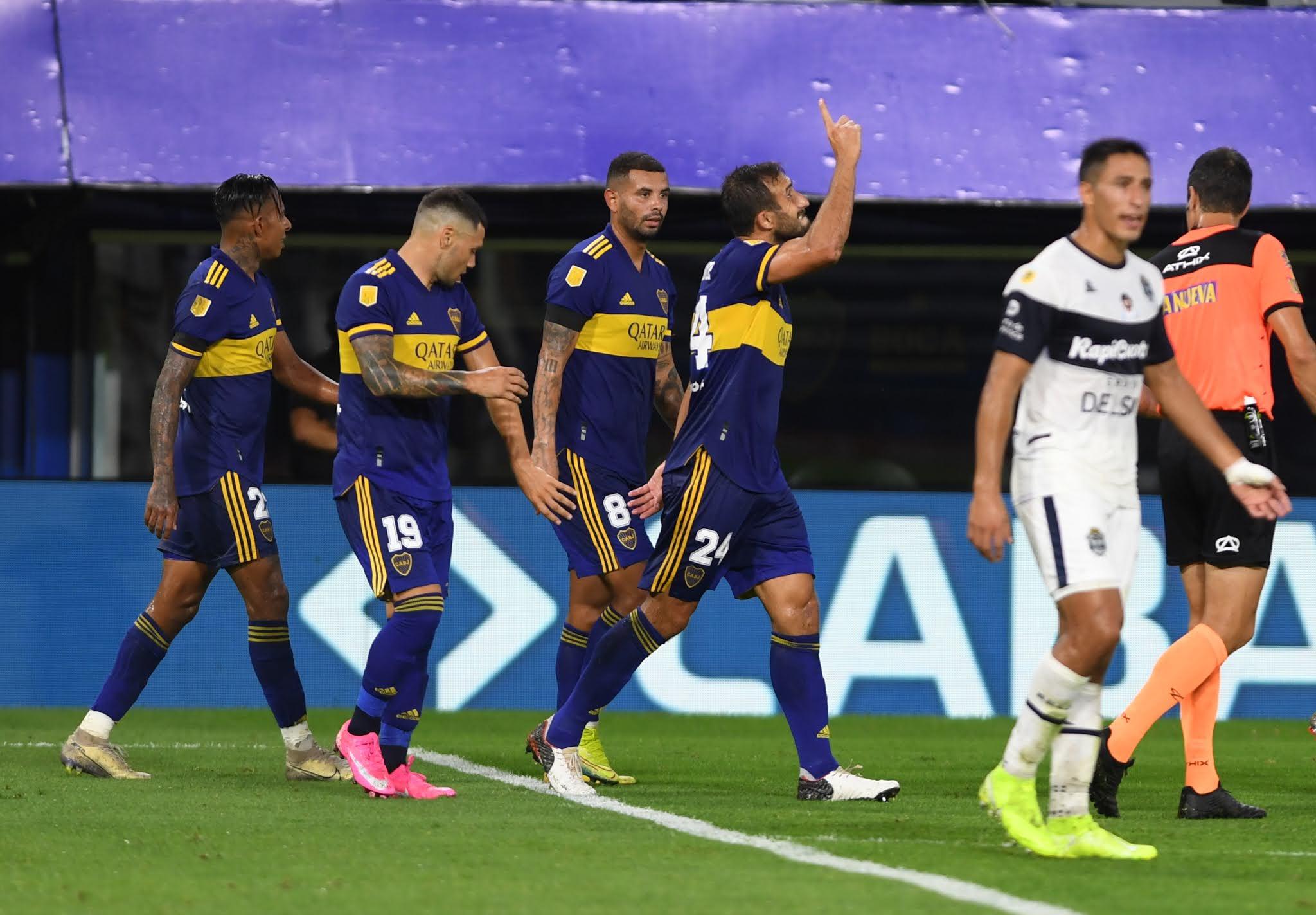Boca rescató un empate ante Gimnasia por un golazo del colombiano Cardona
