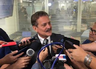 Tião Gomes cobra maternidade e Centro de Hemodiálise no Brejo em audiência com secretário de Saúde
