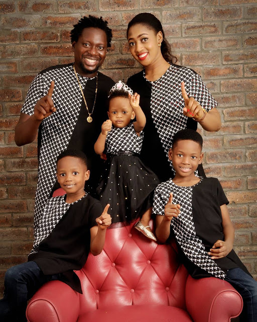 See Photos Of Klint Da Drunk And Family Wishing Fans A Merry