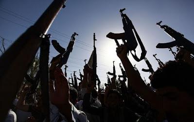 شرطة البصرة تفض نزاعا عشائريا مسلحا وتلقي القبض على المتسببين فيه بالمعقل
