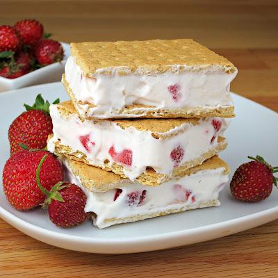 Strawberries and Cream Sandwich
