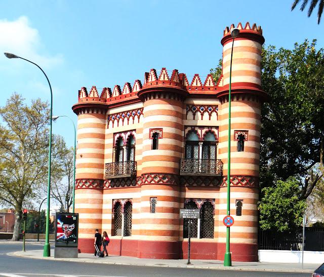 Costurero de la Reina, Sevilla