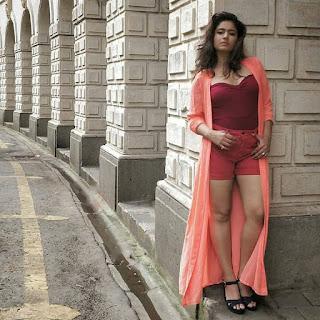 Poonam Bajwa latest hot pics Navel Queens