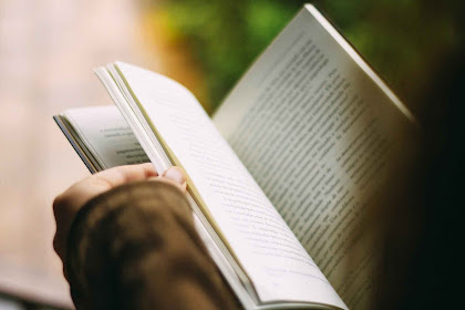 Berhenti Menulis dan Kembali Membaca!