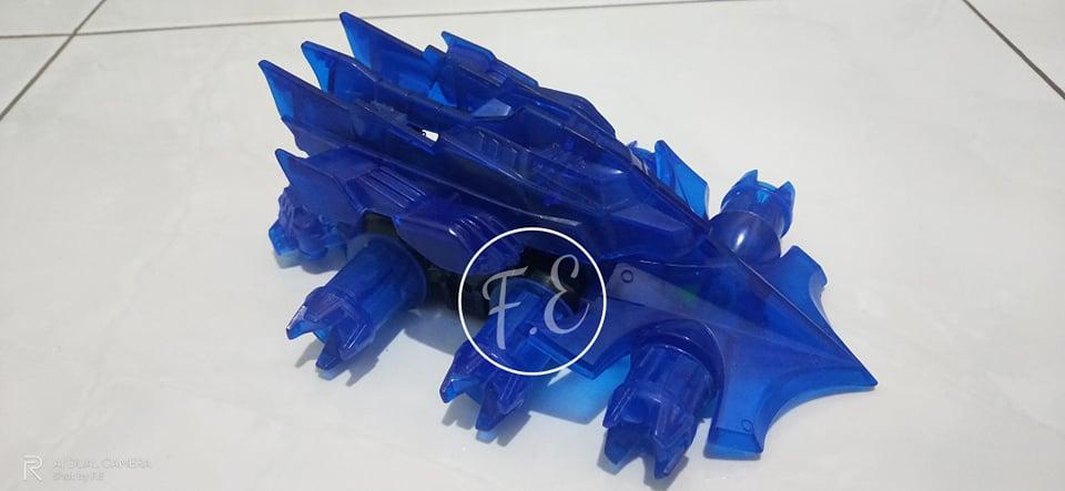 Crush Gear Replika Recast Iron Wolf King Trider Guard 01