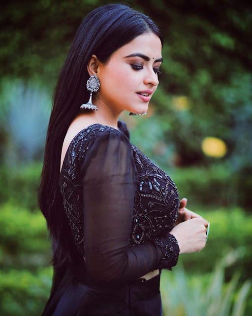 Simi Chahal HD Pics