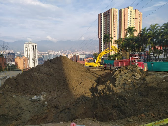 Alcaldía de Medellín avanza en la recuperación de la vía Las Palmas a la altura de la Loma del Indio