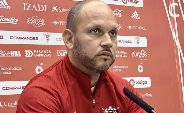 Málaga, apuntan al interés por el técnico José Alberto López