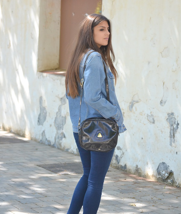 denim jacket, vintage purse, vintage bag, lara pasarin