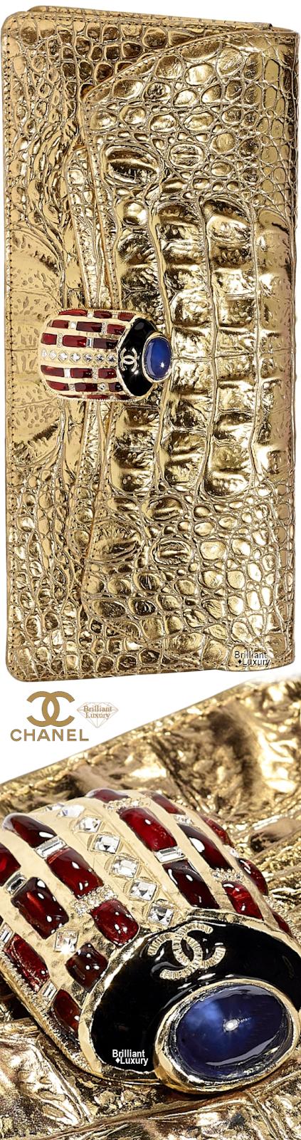 Brilliant Luxury♦Chanel Metallic Crocodile Embossed Calfskin Evening Clutch #gold