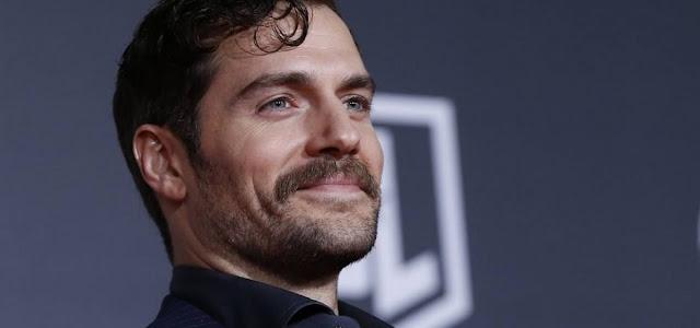 'Liga da Justiça': Henry Cavill nega que irá gravar novas cenas para o filme