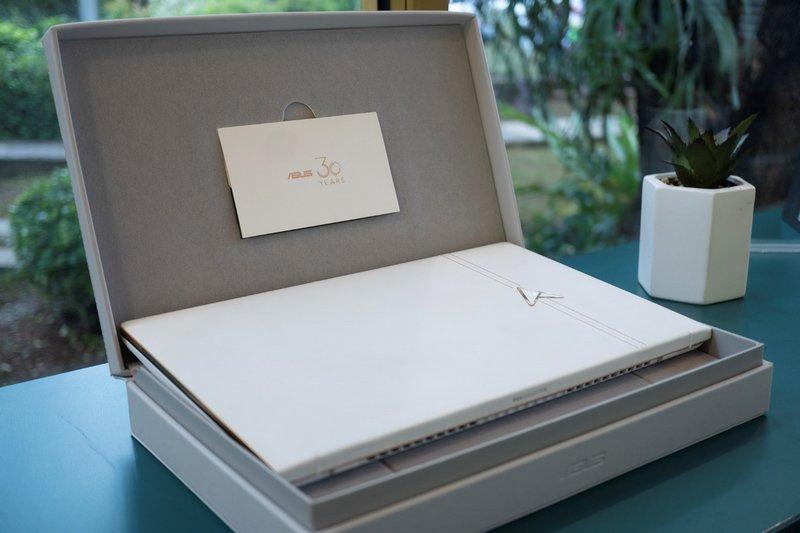 Desain Asus Zenbook Edition 30 UX334FL