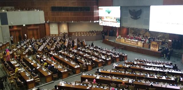 Baru Dilantik, Setengah Lebih Wakil Rakyat Sudah Bolos Paripurna