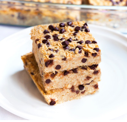 Chocolate Chip Breakfast Squares To-Go #dessert #cakes #recipes #chocolate #breakfast