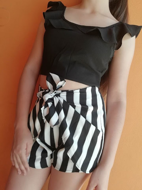 https://www.zaful.com/ruffle-striped-shorts-two-piece-set-p_526786.html?lkid=14123577