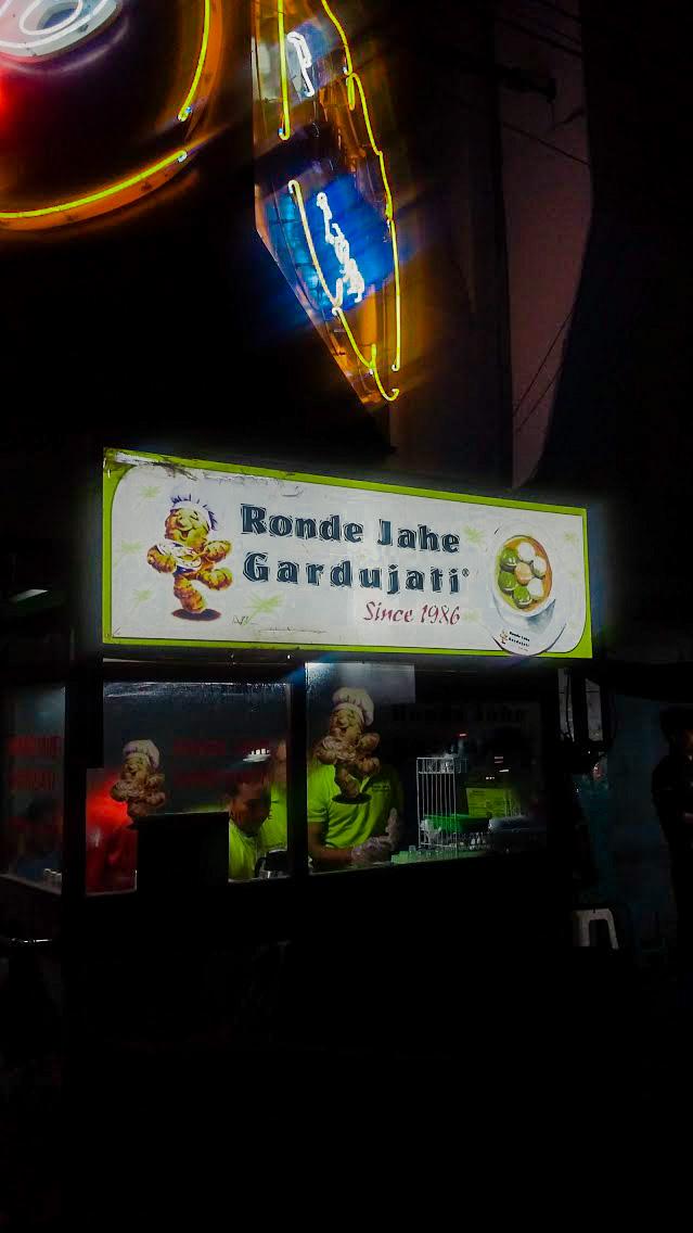 Ronde Jahe Gardujati, Bandung