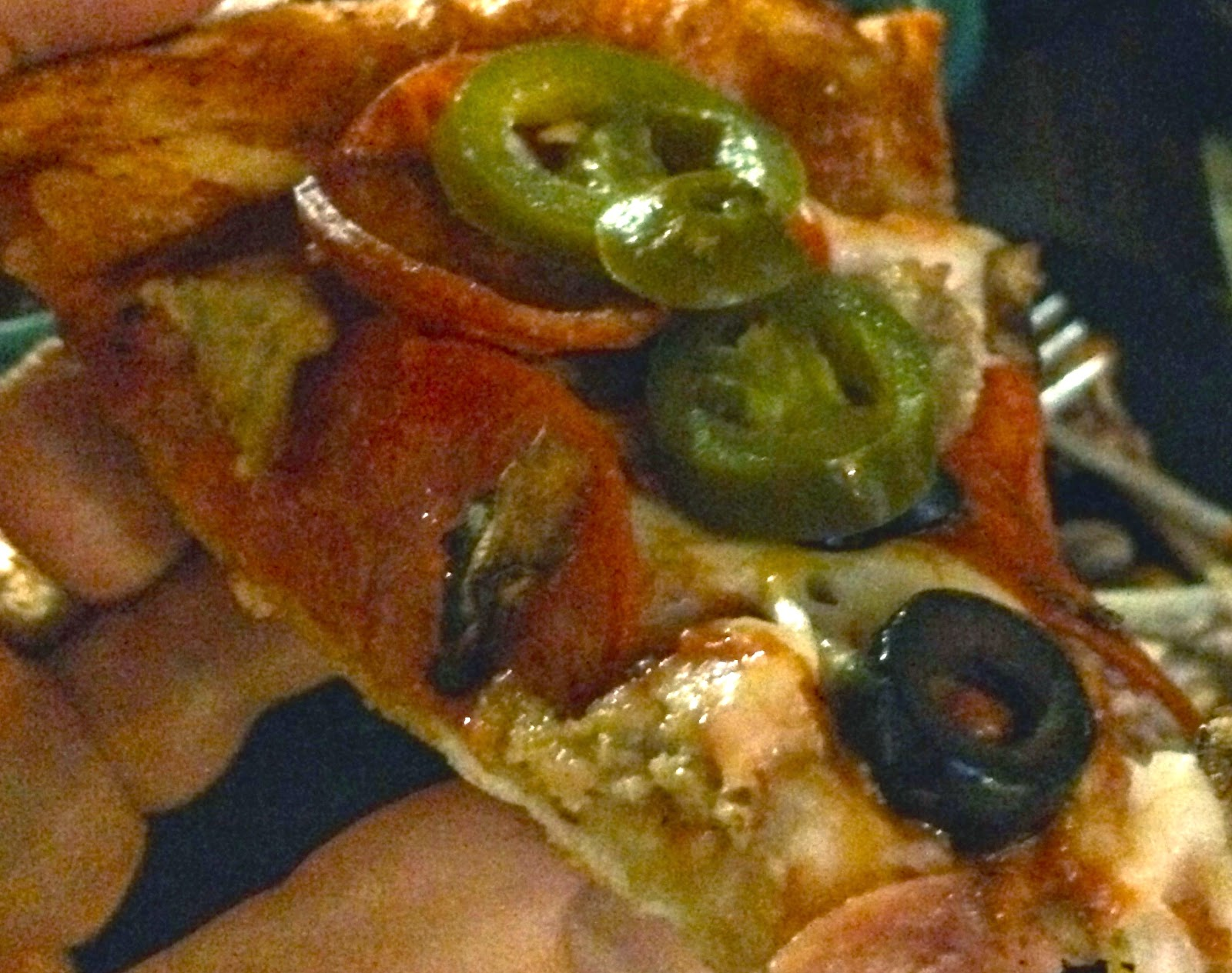 TASTE OF HAWAII ROUND TABLE PIZZA WAIKIKI