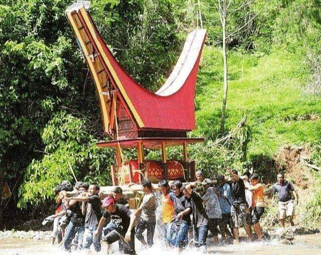 Tana Toraja, the Charm of a Beautiful Country rich in Culture