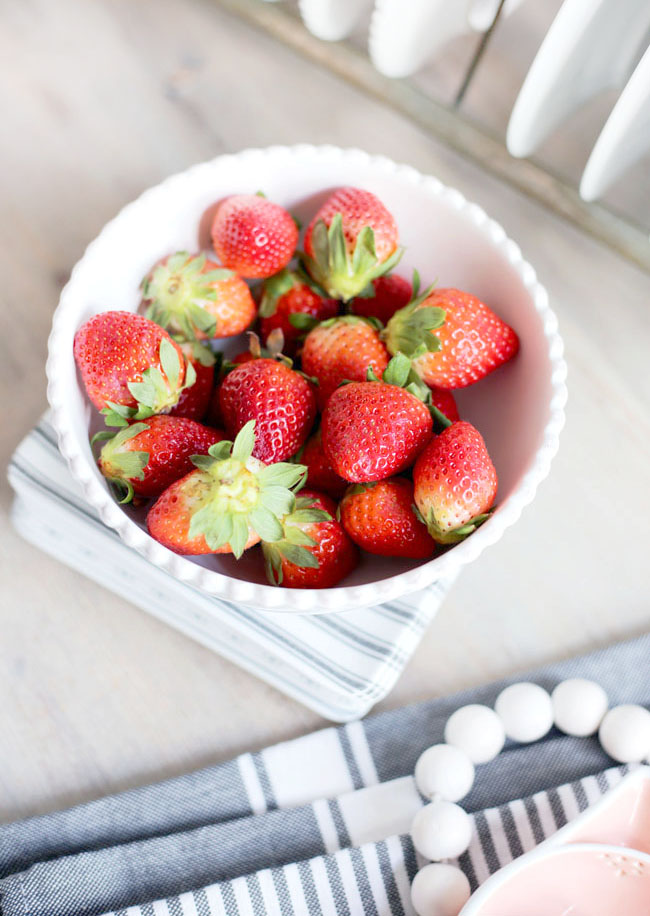 A bowl of fresh strawberries ... perfect decor on the breakfast table