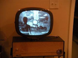 televisi berwarna