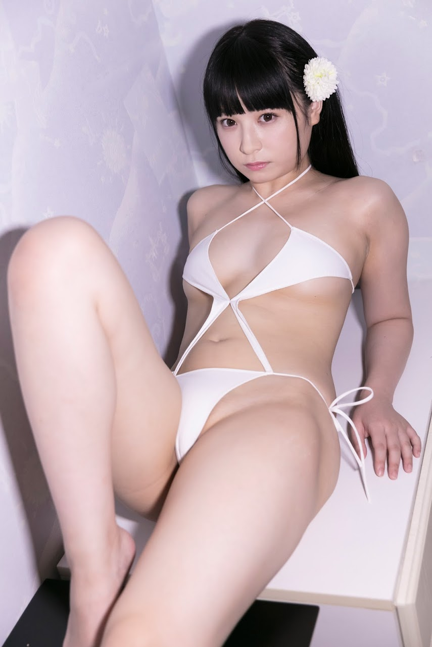2695 [LOVEPOP] Photobook - Moe Hirano 平野もえ Daydream 白日夢 - (h_hirano_moe-15) - PPV lovepop 05280