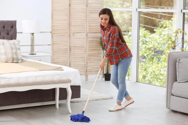 نصائح لتنظيف غرفة النوم clean house1