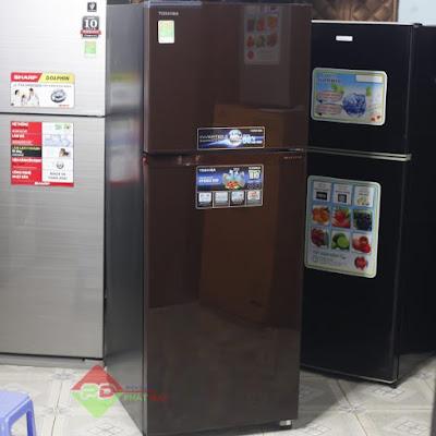 Tốp 7 Bảo Hành Tủ Lạnh Toshiba Tại Bạc Liêu Lưu trữ cho mình tốp 7 trung tâm bảo hành tủ lạnh toshiba tại Bạc Liêu, đây là những địa chỉ bảo hành tủ lạnh toshiba ủy quyền, chính hãng, bạn sẽ có thợ như mong muốn. Bạc Liêu có diện tích tự nhiên 2.520,6 km² và dân số năm điều tra dân số 2011 là 873.300 người với mật độ dân số 354 người/km², tỷ lệ sử dụng tủ lạnh nếu so với 63 tỉnh, thành phố thì Bạc Liêu đứng thứ 40 về người dùng tủ lạnh để lưu trữ thức ăn. Trên địa bàn Bạc Liêu có nhiều đơn vị bảo hành tủ lạnh toshiba đang được mọc lên. Theo theo tìm hiểu chúng tôi được biết có cả trăm cửa hàng trên địa bàn Bạc Liêu tất nhiên là không phải cửa hàng nào, đơn vị nào cũng mang lại cho bạn những thợ bảo hành tủ lạnh toshiba tại Bạc Liêu tốt. Ở đâu cũng có thợ tốt, không tốt, thợ có tay nghề cao, cũng như trình độ thấp. đều có những đơn vị làm ăn gian dối, lừa lọc bên cạnh đó cũng vẫn còn những địa chỉ uy tín để chúng ta đặt niềm tin.    Để gọi thợ bảo hành tủ lạnh toshiba tại Thành Phố Bạc Liêu cũng như các quận huyện là không hề khó khăn với những người dân nơi đây, tuy nhiên chúng tôi vẫn thường nhận được những cuộc ở những người dân tại Tỉnh Bạc Liêu xin địa chỉ bảo hành tủ lạnh toshiba uy tín tại Bạc Liêu, chính những điều đó khiến hôm nay các chuyên gia hỏi đáp của chúng tôi sẽ chia sẻ với mọi người 7 địa chỉ bảo hành tủ lạnh toshiba tại Bạc Liêu tốt nhất hiện nay bao gồm Thành Phố Bạc Liêu và 6 huyện như: Phước Long – Huyện Hồng Dân – Huyện Vĩnh Lợi – Huyện Giá Rai – Huyện Đông Hải – Huyện Hòa Bình. Để những người dâm nơi đây có được những thợ bảo hành tủ lạnh toshiba tại Bạc Liêu tốt nhất, không đây đều là những đơn vị có uy tín, làm ăn minh bạch, không chặt chém giá cả khách hàng.   1 BẢO HÀNH TỦ LẠNH TOSHIBA THÀNH PHỐ BẠC LIÊU  Điện Lạnh Trường Thịnh Địa Chỉ: 43 Đường 11, KĐT Ven Sông, P2, Bạc Liêu 0868153579  Tại Thành phố Bạc Liêu khi bị hỏng tủ lạnh hẳn bạn biết Điện Lạnh trường Thịnh chuyên bảo hành tủ lạnh toshiba tại Bạc Liêu? Đâu là địa chỉ có trang thiết