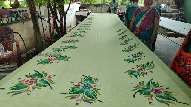 one day fabric paint training program on sarees pictures - 8