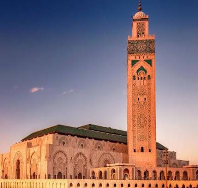 كيفية إتقان آداب العمل في المغرب