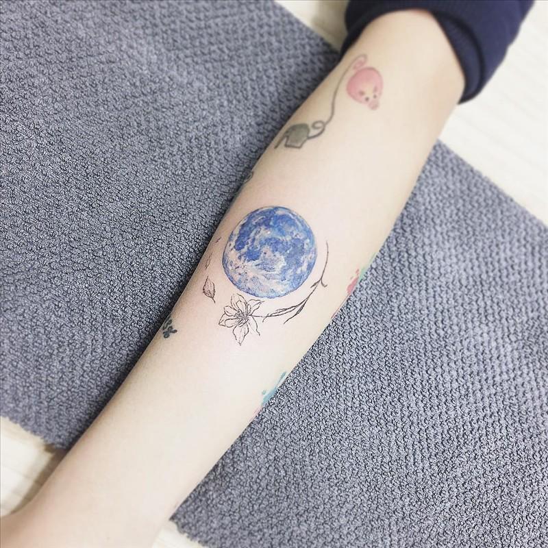 Flower tattoo from Tattooist 3