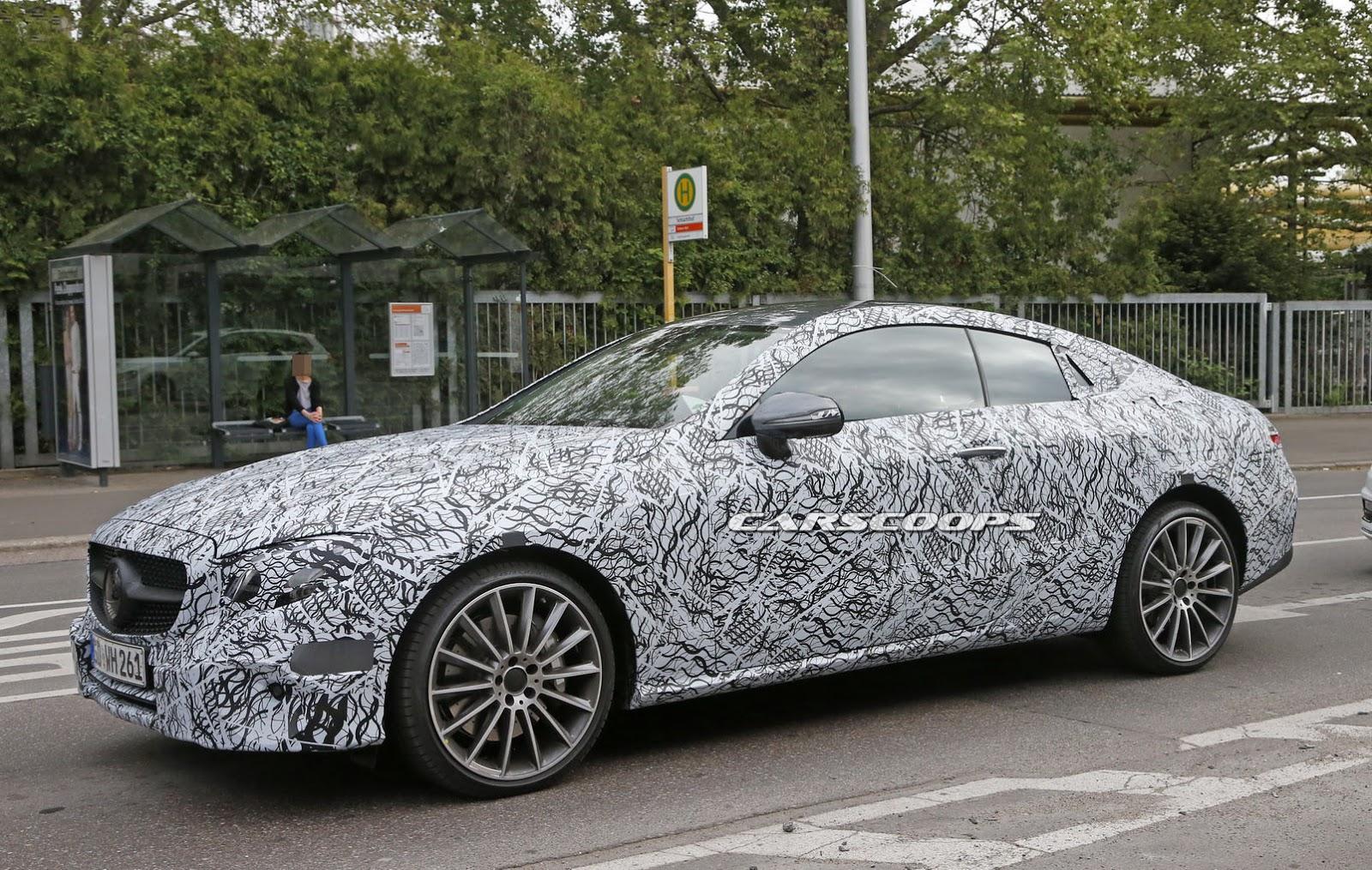 2017-Mercedes-E-Class-CoupeInt10
