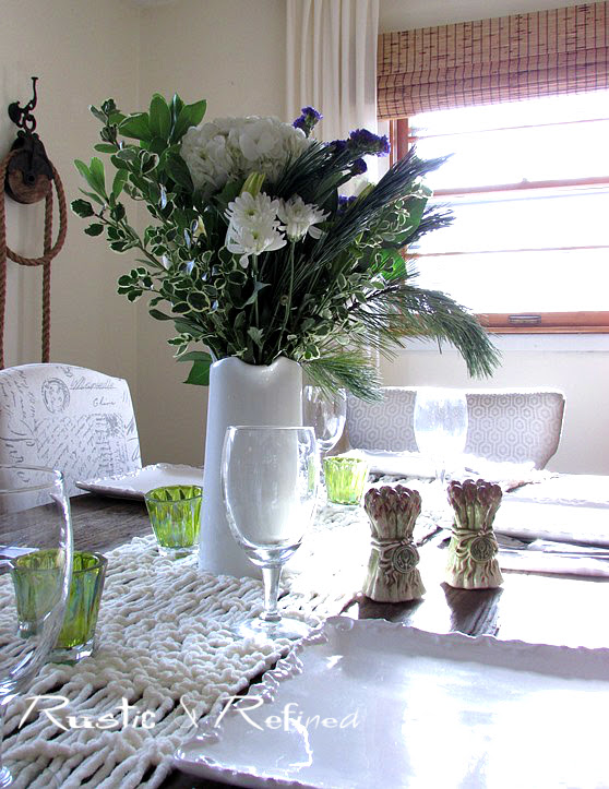 Winter White tablescape
