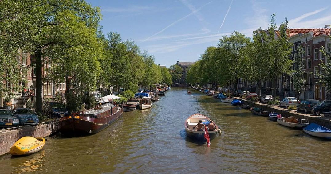 10 Tempat Wisata Di Belanda Yang Menarik Brrrwisata Com