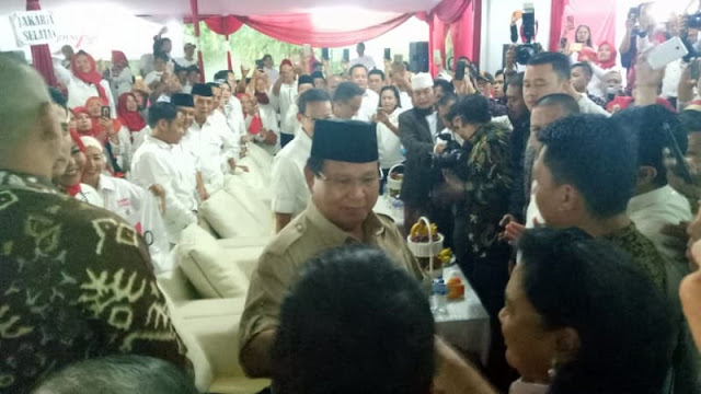 Begini Respon Prabowo soal Ustadz Abdul Somad Cawapres