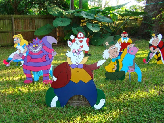 Alice in Wonderland - Mad Hatter Tea Party - Croquet Set - Set of 8 - Large Wooden Party Props & Event Decoration