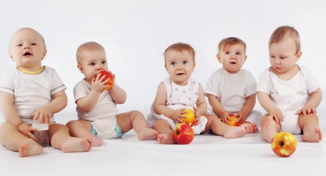 4 Tahapan Perkembangan Bayi yang Perlu Anda Tahu