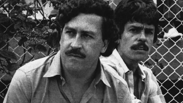 Agentes de la DEA revelan que Pablo Escobar poseía cartas de madres que le ofrecían sus hijas para que tuviera sexo con ellas