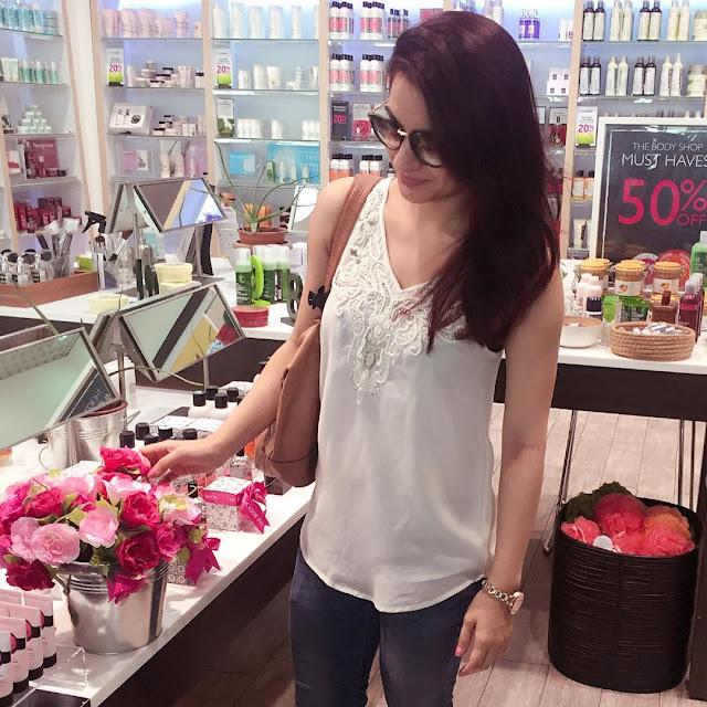 Aksha Pardasany New Photos