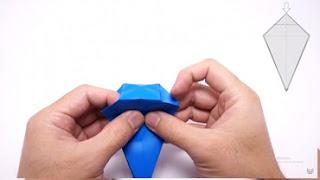 Cách gấp máy bay giấy phong cách Origami 9
