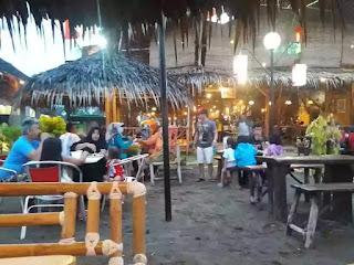 area bamboo cafe pangandaran
