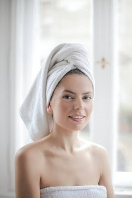 clean your face to get youthful skin