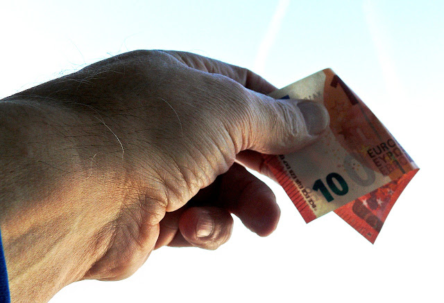 Πώς θα πάρετε χρήματα πίσω από το Ταμείο Παρακαταθηκών και δανείων