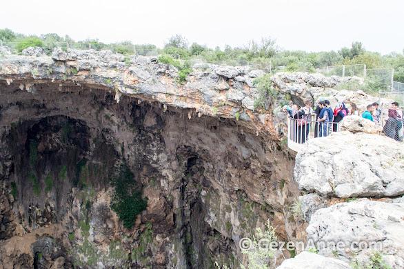 Cennet Cehennem mağarası, Mersin