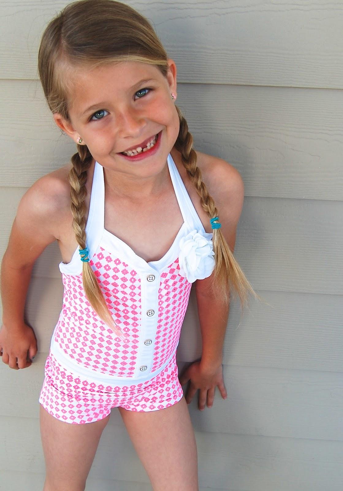 Commit Girls pee in bathing suit