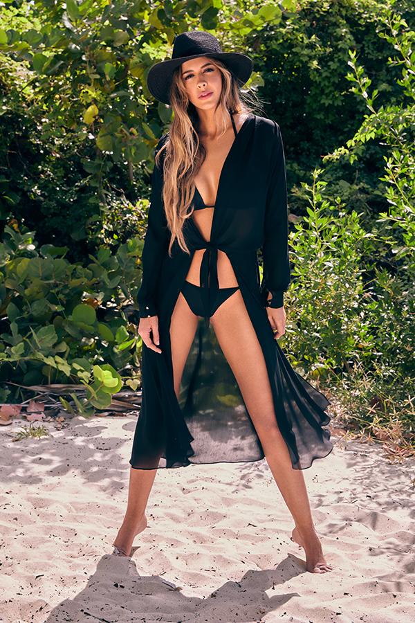 Shannon-De-Lima-imagen-Aqua-nueva-colección-vestidos-baño-Studio-F
