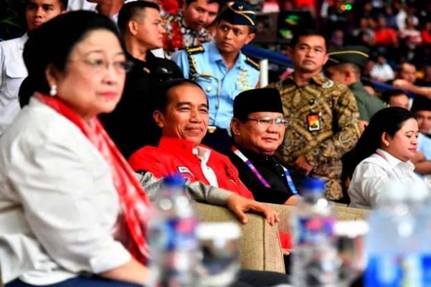 Jokowi 'Digenggam' Megawati, Prabowo Bukan 'Putra Mahkota' di 2024