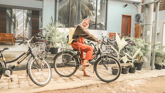 bersepeda-di-gili-trawangan-lombok
