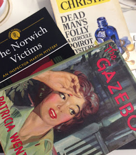 Three vintage crime novels: Dead Man's Folly, The Norwich victims, and The Gazebo
