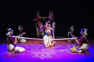 Gudi Sambaralu 2017 Stills  0053.jpg